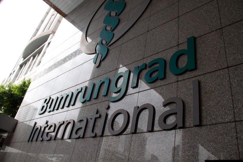 bumrungrad-hospital-front
